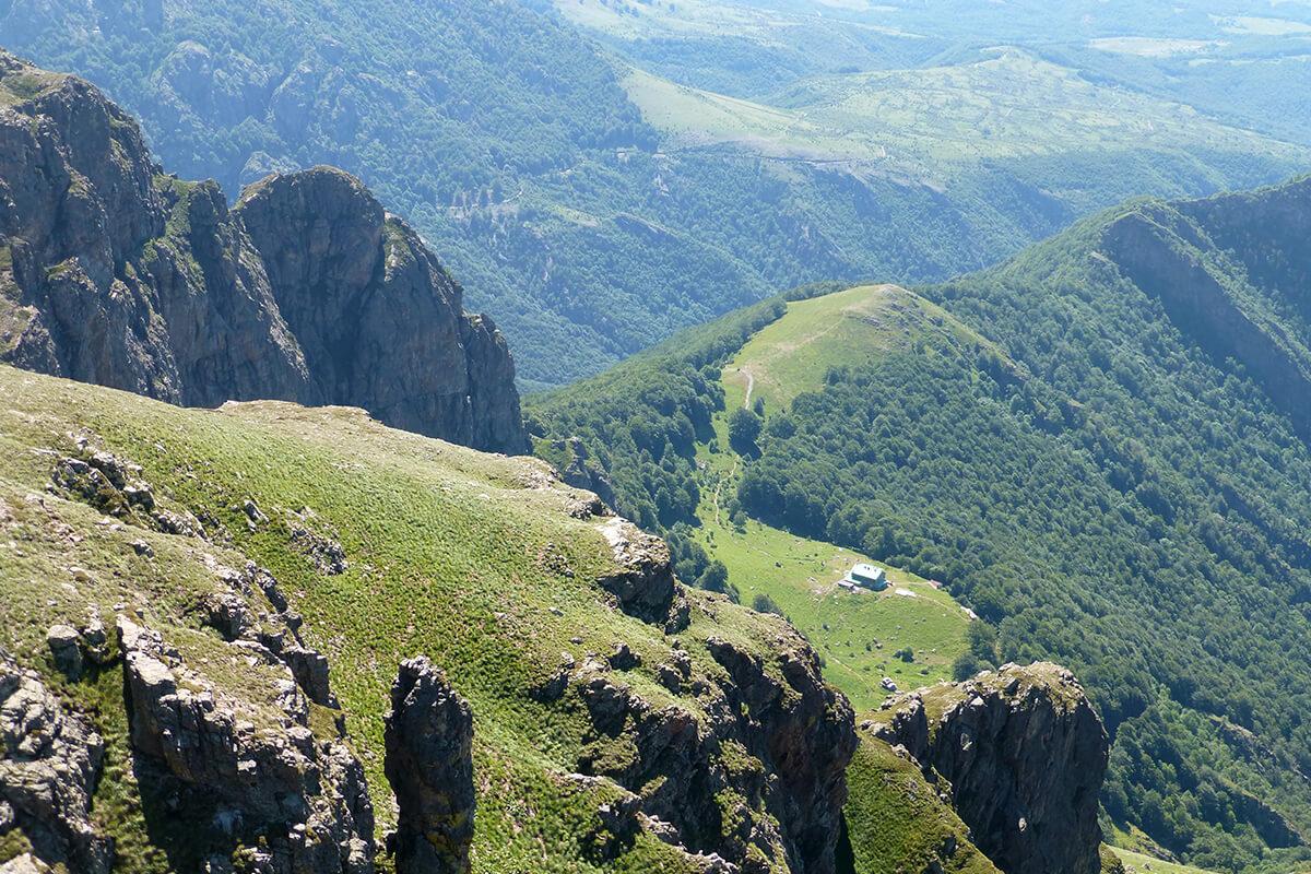 връх ботев- изкачване от юг